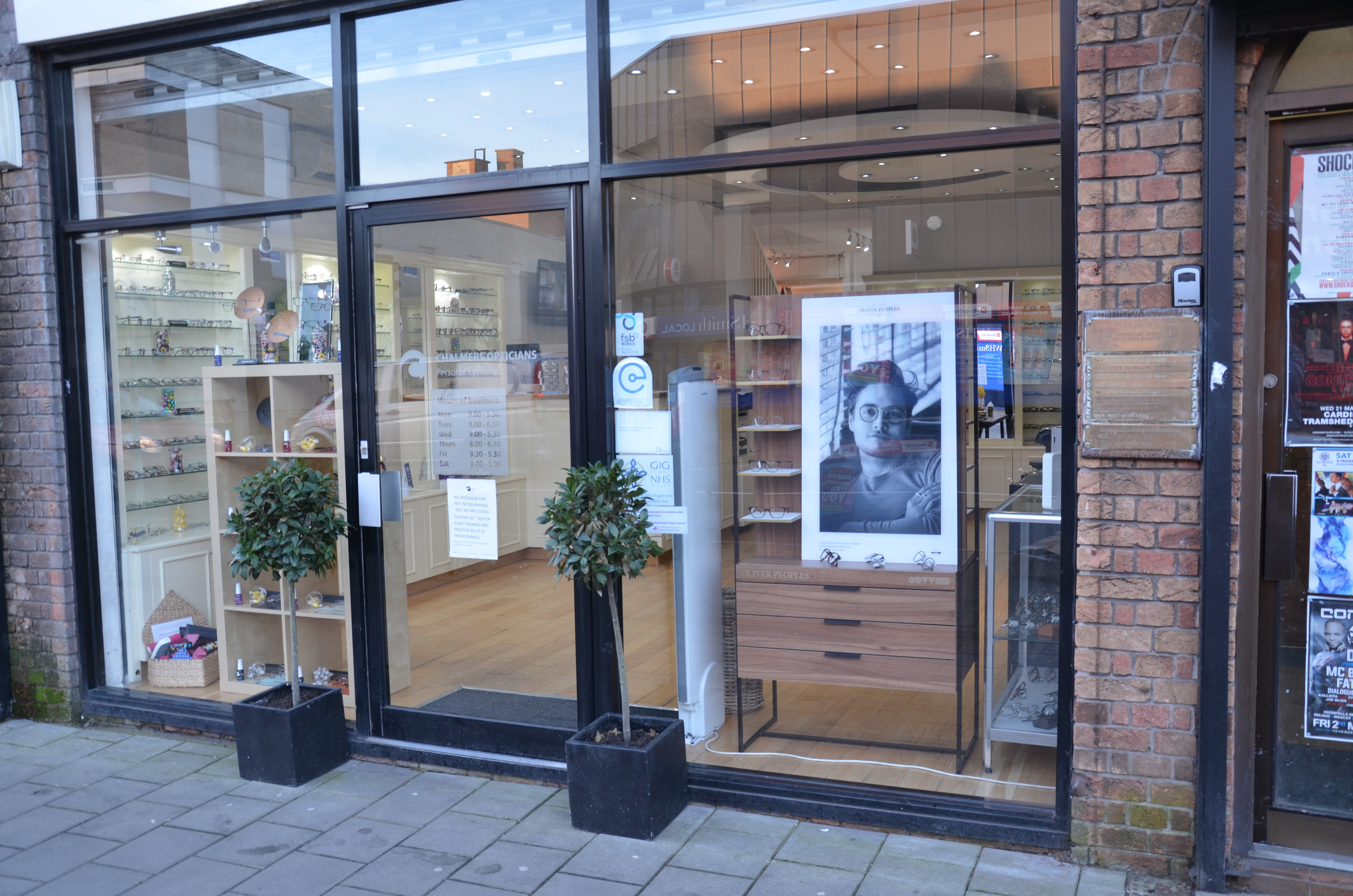 Cardiff Opticians, Chalmers have a store on Albany Road in Roath